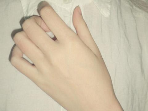 手指长短看女人爱情事业财运_手指粗的女人命运好不好 手指细的男人命运好不好_起名网